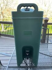 New listing Carlisle Xt50000 Cateraide Insulated Beverage Dispenser 5 Gallon (Pre Owned)