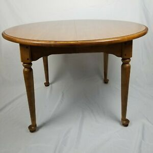 Ethan Allen Maple Circa 1776 Round Extension Table with 2 Leaves 18-6803-P