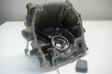HONDA 2hp OUTBOARD ENGINE SUMP CENTRE CASING & OIL FILTER - 2002