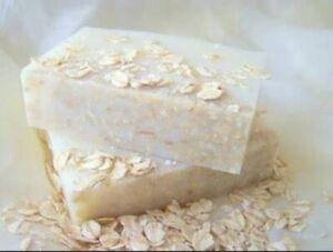 Handmade Lavender Soap Bar / Oat Honey and Goat Soap Bar, Cruelty Free Natural