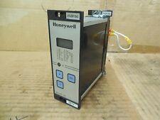 Honeywell Temperature Controller R7420F1045 Used