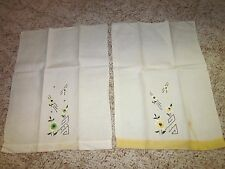(2) Vintage Embroidered Hand Towels (Has A Few Small Stains) Linens & Textiles