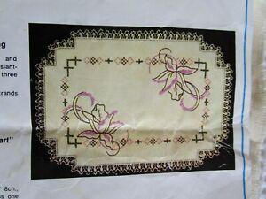 TULIP #1566 Myart Vintage Stamped linen Vanity duchess set doily original tags