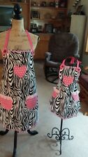 MOTHER, DAUGHTER ZEBRA AND PINK  APRON SET WOMANS SIZE S/M/L/XL ONE SIZE