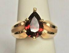 RETRO YELLOW GOLD 2.5 CT GARNET RING. SIZE 6