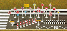 Busch 8121 NEW N TRAFFIC SIGN SET