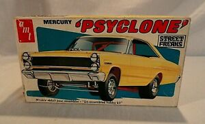 "LOOK! 1970`S AMT ""PSYCLONE"" MERCURY COMET FUNNY CAR 1/25 MODEL KIT IN THE BOX!"