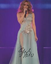 """Signed Photo of Kylie Minogue 10""""x8"""" with Certificate of Authenticity"""