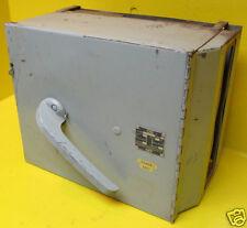 Bulldog I-T-E Gould Siemens V7H3605 400 Amp Vacu-Break Disconnect Switch ITE A