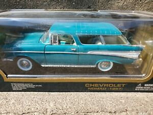 Road Tough 1957 Chevy Nomad Wagon 1:18 Scale Diecast Model Car '57 Bel Air