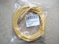 3m Patchkabel Ethernet Lan Netzwerk Kabel Cat 5e UTP 2x RJ45 - NEU