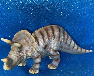 2002 Schleich Triceratops Dinosaur