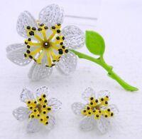 VTG White Yellow Green Black Enamel Daffodil Flower Brooch Earring Set