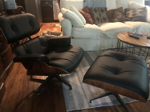 Herman Miller Eames Lounge Chair and Ottoman-Authentic