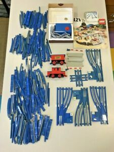 LEGO TRAIN 12V KIT DE RAILS + AIGUILLAGES + TRANSFORMATEUR + MOTRICE