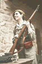 Antique Soldier 1936-39 Spain woman girl with a rifle fighter War Photo 4x6 Z