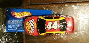 New2003 Hot Wheels Bugles Racing #44 Salute to Petty Mint in Bag by Mattel