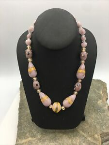 VINTAGE 50'S Single STRAND Beautiful Glass BEADED NECKLACE  #FN592