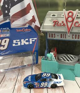 Car 1:64 Diecast NASCAR Jeff Burton 2004 FORD Taurus SKF RCR Team Caliber #32