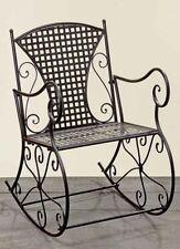 Chaises antiques en métal pour la maison