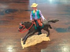 Timpo 3rd Series Mounted Cowboy - Lilac Shirt/ Bottle Green Waistcoat - 1970's