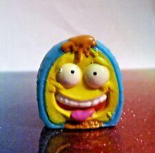The Grossery Gang Series 2 #90 KRUD KIWI FRUIT Blue Yellow Mini Figure Mint OOP