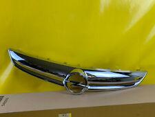 Nuevo + Original GM / Opel Corsa D Parrilla Cromo Abertura Moldura