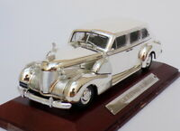 Atlas Editions Silver Cars 1/43 Scale SVC01 - Cadillac Fleetwood V8 Limo
