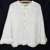 Vintage Chevron Knit Crocheted Cape Wrap Poncho Fringe S M White Sweater Arista