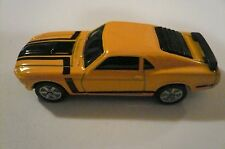 MAISTO YELLOW & BLACK 70 FORD BOSS MUSTANG 1:64 clean