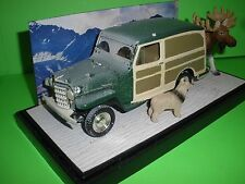 1953 JEEP WILLYS PANEL TRUCK CUSTOM WINTER SCENE DIORAMA With Display Case 1/25