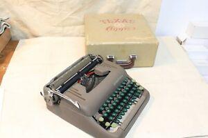 VINTAGE SMITH CORONA SILENT 1951 TYPEWRITER TEXAS AGGIES, TEXAS A & M, WITH CASE