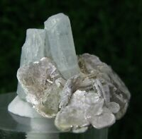 30 CARAT AQUAMARINE TWINS CRYSTALS ASSOCIATED WITH MICA FROM PAKISTAN.