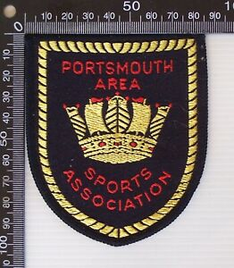 VINTAGE PORTSMOUTH SPORTS ASSOCIATION EMBROIDERED SOUVENIR WOVEN SEW-ON BADGE