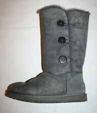 UGG Bailey Button Triplet Gr.42 /11 grau grey Super-Zustand