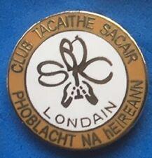 Republic of Ireland London SC enamel badge