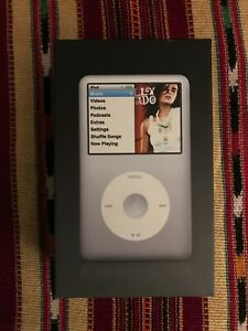 Apple iPod Classic 5th Generation 80GB (Black)