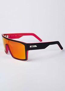 NEW UNIT Sunglasses Command - Matte Black Neo Pink Polarised