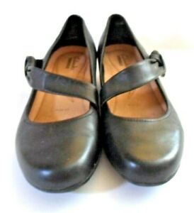 Clarks Collection Dark Grey Leather Mary Jane Wedge Shoes Size 5.5 EW  V.G.C