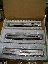 HO AMTRAK 3 PASSENGER CAR TRAIN SET WALTHERS & IHC PHASE III AMTRAK # 504