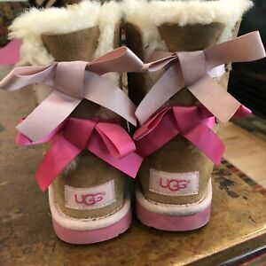 UGG Australia 1017394T Toddler Bailey Bow II Boot Chestnut Pink Size 9