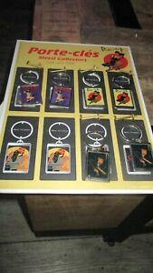 Berthet&Pin up-Ancien présentoir,33cm + 6 porte clé Pin up-Jamais utilisé(2004)