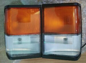 Land Rover Range Rover Classic 1987-1991 OE European Clear Corner Lamps New