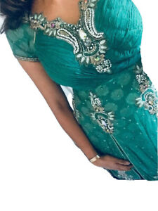 Sea Green Asian Indian Kameez & Trouser Set With Scarf / Size 8 - 10