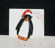 PENGUIN PIN CHRISTMAS HOLIDAY