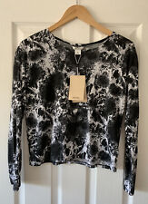MONKI BLACK WHITE PRINT T-SHIRT TOP XS EXTRA SMALL NEW