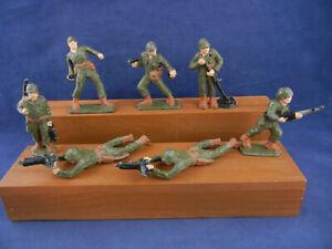 Vintage Painted Lead Army Men Soldiers Figures Toys