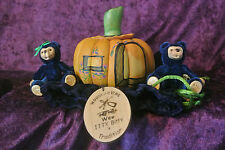 Robert Raikes Peter and Wife With Wooden Carved Pumpkin With Velvet Bag