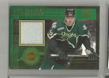2001 Pacific Hockey Mike Modano Authentic Game Worn Jersey Card # 5 (CSC)