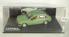 OPEL Collection 1/43 OPEL KADETT D 1,6s vert 1979 - 1984 en plexi BOX #7171